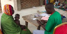 A health worker using the CMAM app in Bitkine, Chad