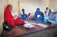 Mothers attend an education session on malnutrition and breastfeeding in Kaédi, Mauritania