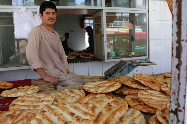 Bakers use fortified flour to make bread as part of a programme in Afghanistan